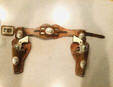Hubley CAPGUNS WITH STEER-STAR Vintage WESTERN CAP GUN Complete Pair Holster