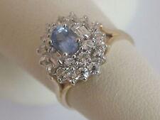 De 9 quilates 9carat Oro Zafiro & Synthetic Diamond Cluster anillo, talla N, 3.3 Gramos
