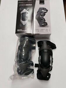 New POD K4 2.0 Motocross Enduro Knee Braces Pair Adult - Graphite/Black