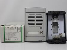 Elvox 8911 Plaque Intercom 1 Bouton sans Module Audio - Gris Lumière