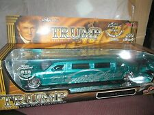 Donald Trump chrysler 300 Stretch Limousine by Maisto 1:24 Scale green as is