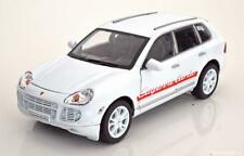 1:18 Welly Porsche Cayenne Turbo 2002 white
