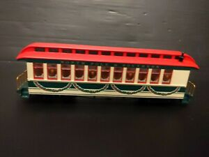 Bachmann North Pole And Southern Passenger Car. M3