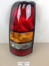 2004-2007 GMC Sierra 1500 2500 3500 LH Rear TAIL LIGHT BRAKE/LAMP new OEM