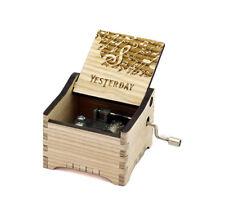 Personalisierte Hand Kurbel Holz Spieldose (The Beatles - Yesterday)