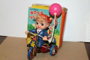 NICE VINTAGE WIND UP BOY'S TRICYCLE with BOX