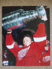 IGOR LARIONOV Detroit Redwings  Autographed 8x10 photo