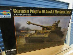 TRUMPETER # 00920    1/16th SCALE GERMAN Pzkpfw IV Ausf.H MEDIUM TANK  KIT