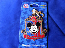 Disney * MICKEY - DISNEY CREST * Pin Trading Lanyard Medal - New on Card