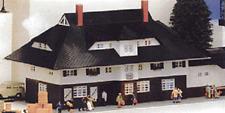 Heljan Ho Kit Freight & Passenger Station #1756