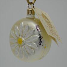 Patricia Breen 1998 Christmas Ornament Daisy Medallion Pearl 9899 Signed Pmb
