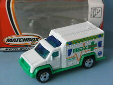 Matchbox Ambulance White and Green Medic Rescue Toy Model Car Boxed