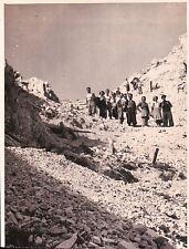 """FOTOGRAFIA ALPINISTI  NEL 1938 """" SUL RITORNO DAL RIFUGIO POPENA """"  32-10"""