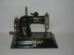 British Zone Germany Casige Child's Sewing Machine Works Well #DE8