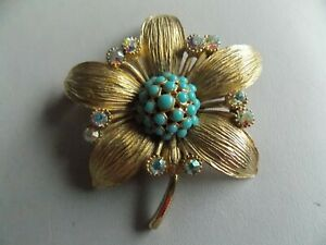 Stunning Detailed Vintage 60's Gold Tone & Faux Turquoise Flower Brooch by Spinx