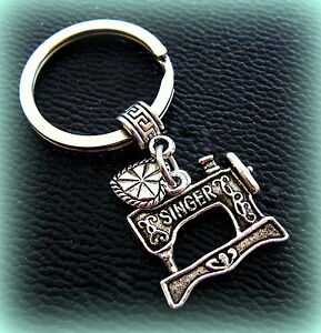 Sewing Machine (SINGER) KEYCHAIN Jewelry - Quilter FEATHERWEIGHT style Jewelry