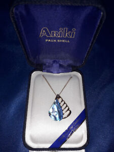 22 Carat Gold Plate Paua Shell Necklace.Ariki Made in New Zealand - New Boxed