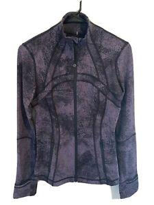 Lululemon Define Purple & Black Jacket Snakeskin SZ 6 MINT