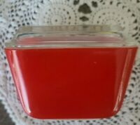 """Vintage PYREX ~ """"Red"""" Refrigerator Dish ~ 501B ~ With Lid 501C"""