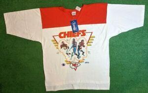 Vintage 1994 USA Sport Club Kansas City Chiefs Autographed T-Shirt One Size