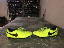 Nike Tiempo Rio III Boys Youth Soccer Cleats Size 4Y Volt Black