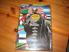 Batman Incorporated Deluxe Edition HC  GN