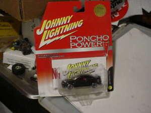 JOHNNY LIGHTNING----2004 GTO