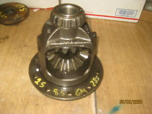 8.5 GM NON POSI Open CARRIER 28 SPLINE BUICK PONTIAC OLDS BOLT IN AXLE 2 series
