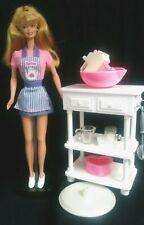 """Barbie 1998 """"Sweet Treats Juego De Cocina Mezclador de trabajo"""" -!! utilizado"""