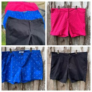 3 Pair of Women's Size 14 Classic Fit Shorts Limited Old Navy Lee Midrise