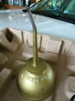 VTG EAGLE Oil Can w/ 3 ½ inch Spout and 3 ¾ inch base USA Brass Finish-Clean