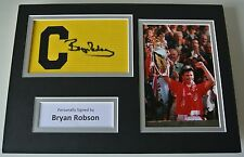 Bryan Robson Signed Captains Armband A4 photo display Manchester United PROOF