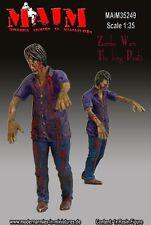 MAIM ZOMBIE - WALKER SCALA 1:35 COD.ART.35249