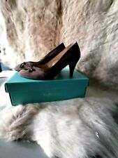 VAN DAL ELEGANT TAUPE SUEDE COURT SHOES UK SIZE 6 - STILL IN BOX