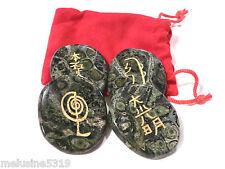 Lithothérapie  galets pierre massage soin jaspe Kambaba symboles reiki