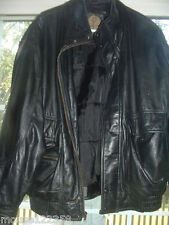 Members Only Leather Jacket size L quality leathers black  est 1961