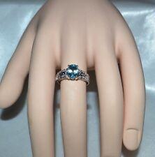 Glamoroso 1.53ct. Natural Topacio Azul&Original .10ct. Diamante Anillo de Cóctel