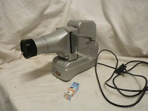 """VINTAGE GNOME ALPHAX MAJOR, 2 1/4 """" SQUARE SLIDE PROJECTOR WORKING & SPARE BULB"""