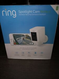 RING OUTDOOR SPOTLIGHT BATTERY POWERED HD SECURITY CAMERA WITH TWO-WAY TALK NEW