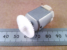 22mm Dual Nylon Cog Wheel, 42 to 10 Reduction Gear Teeth for 2mm motor shaft.