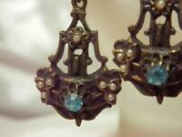 Gorgeous Vintage 40's Ornate Blue Screw Back Dangle Earrings 131S9