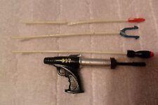 lot James Bond 007 Action Figure Scuba Spear 1 Gun 4 weapon  A.C. Gilbert 1965