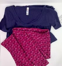 Lularoe SET M Classic Ribbed T-shirt & solid Purple / Pink Heart Leggings LL130