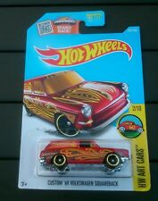 Hot Wheels CUSTOM 69 Volkswagen Squareback rouge type 3 sur Longue Carte