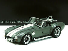 KYOSHO 1:18 SHELBY COBRA 427 S/C WITH WHITE TRIPES 08045GRW