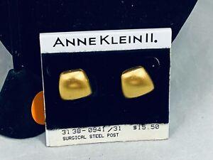 NWT'S ANNE KLEIN II MATTE GOLD TONE CHUNKY PIERCED EARRINGS