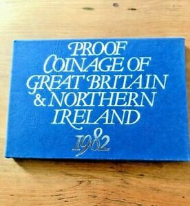 1982 Royal Mint Coinage of Great Britain & Northern Ireland - with C O A - MINT