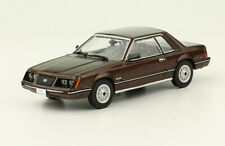 Ford Mustang (1984) Diecast 1:43 Mexican Cars  New and sealed w/Magazine
