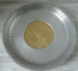 Old Vintage The Beauty Line Designed Aluminum Hammered Charger Tray Gold Tone