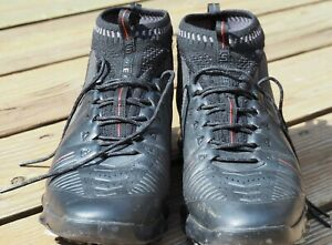 UNDER ARMOUR Junior Golf Shoes Size 8.0 GOLF SHOES CLEATS SPIKE Black with Red U